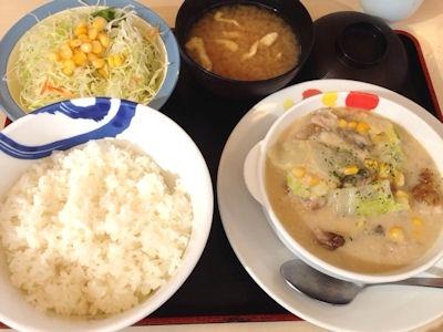 松屋鶏と白菜のクリームシチュー定食