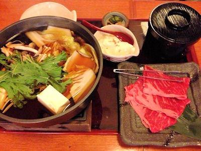 月の庵牛鍋すき焼きランチ