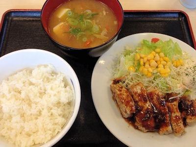松屋厚切り豚テキ定食と豚汁