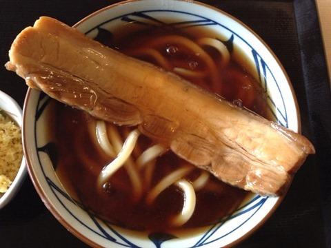 丸亀製麺年明けラフテーうどん