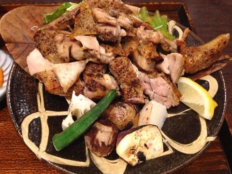 窯焼和食ばんざ骨付き播州赤鶏セットの窯焼骨付き播州赤鶏