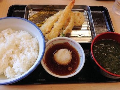 天丼・天ぷら本舗さん天天ぷら定食