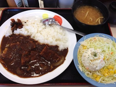 松屋ビーフカレーポテトサラダセット