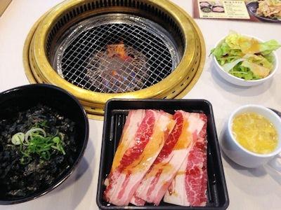 じゅうじゅうカルビ牛カルビ焼肉丼