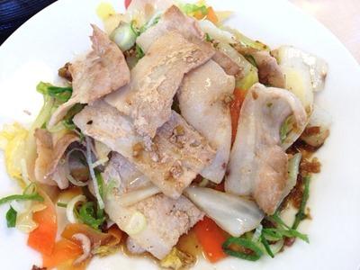 松屋豚肉とたっぷり冬野菜炒め
