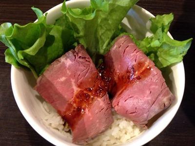濃厚豚骨ラーメン弦流ローストビーフ丼