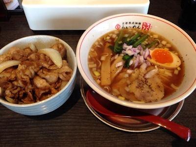 京都熟成細麺らぁ~めん京新・神様の中華そばと焼肉丼