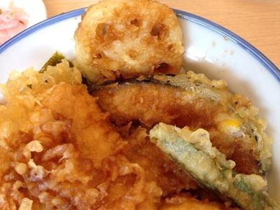 天丼・天ぷら本舗さん天鶏親子天丼