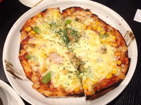 播州海鮮炉端碇いかり屋ミックスピザ