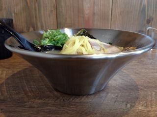 麺屋銀鉢-GINBACHI-半チャンセットのラーメン