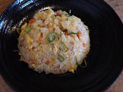 麺屋銀鉢-GINBACHI-半チャンセットの半チャーハン