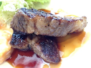 食堂カフェCOCO家和牛ロースステーキ&プリプリ海老マヨランチ