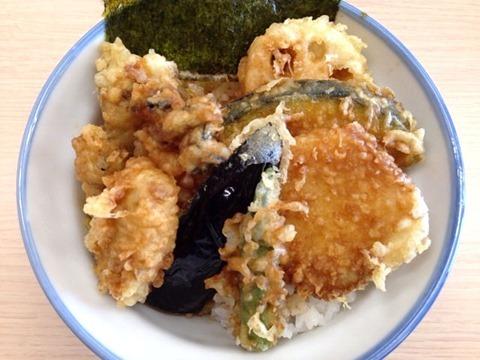 天丼・天ぷら本舗さん天牡蠣たっぷり天丼
