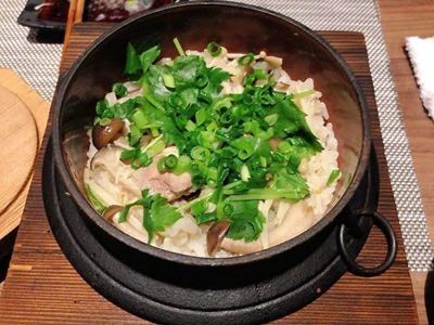 DINING花淡路鶏のシンプル釜飯