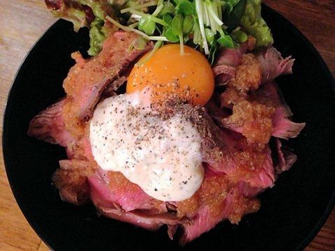 TOROROSSOローストビーフ丼