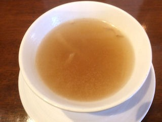 モッキンバードおすすめランチのスープ