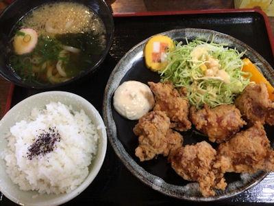 池田製麺所真心うどん米田店チキンタツタ定食