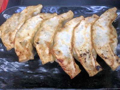 博多豚骨ラーメンまるせ無料特製味噌餃子