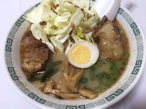 熊本とんこつラーメン桂花太肉麺ターローめん