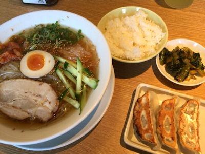 丸源ラーメン盛岡冷麺餃子ランチ