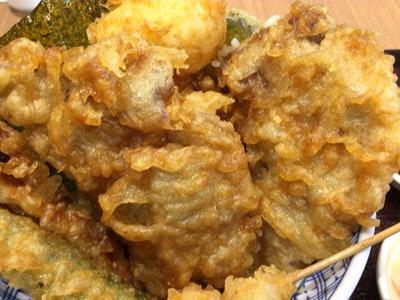 揚げ天まる豚ロースのスタミナ天丼