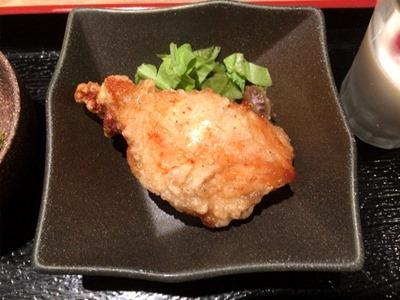 博多鶏ソバ華味鳥博多鶏ソバ金華御膳名物あご出汁唐揚げ