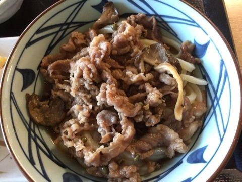 丸亀製麺牛肉ひらたけしぐれ煮ぶっかけ