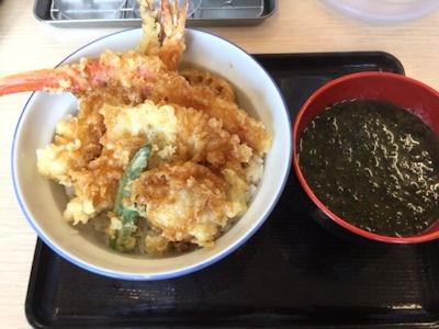 天丼・天ぷら本舗さん天ずわいがにの海鮮冬天丼