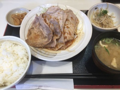 ごはんどき生姜焼き定食