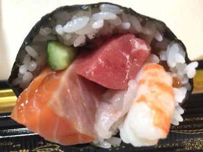 近大マグロ入海鮮太巻寿司