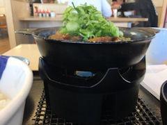 松屋鶏と玉子の味噌煮込み鍋膳
