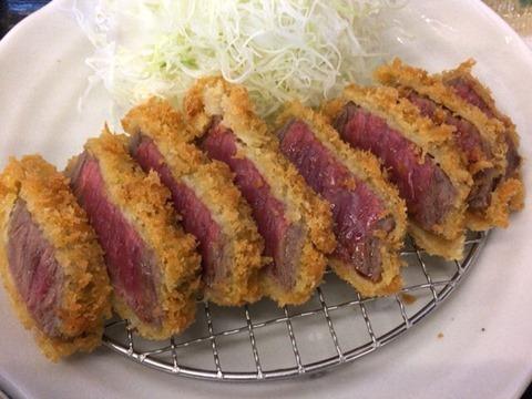かつ丼・とんかつ専門店本家しんべぇ志方牛カツ定食