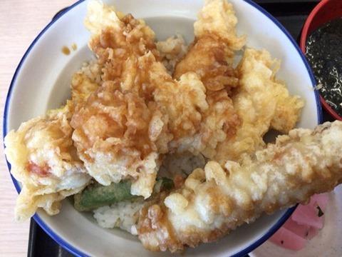 天丼・天ぷら本舗さん天鶏づくし天丼