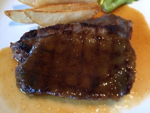リヴィエール牛ロース肉の味噌漬ステーキ