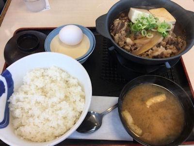 松屋お肉たっぷり牛鍋膳生玉子