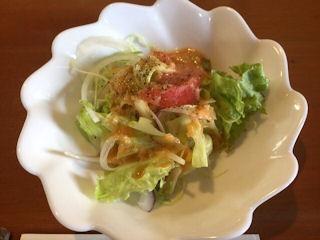 キッチンカトウポークステーキのサラダ