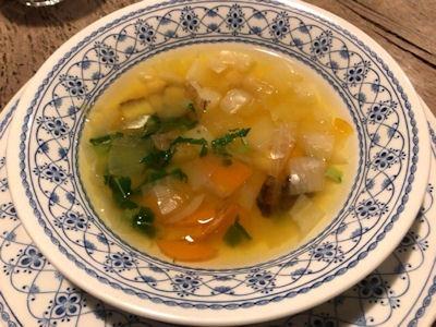 ファーマーズ・キッチン・イヌイットセットメニューの野菜スープ