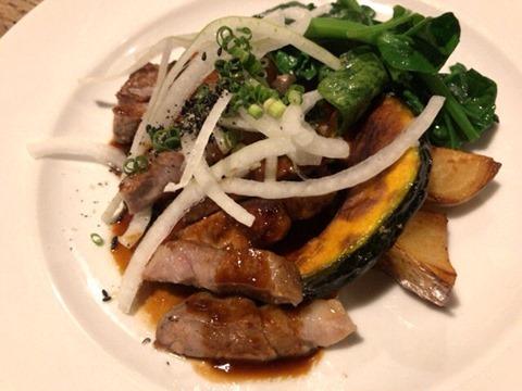 ファーマーズ・キッチン・イヌイット琉球豚肩ロースのネギみそソース